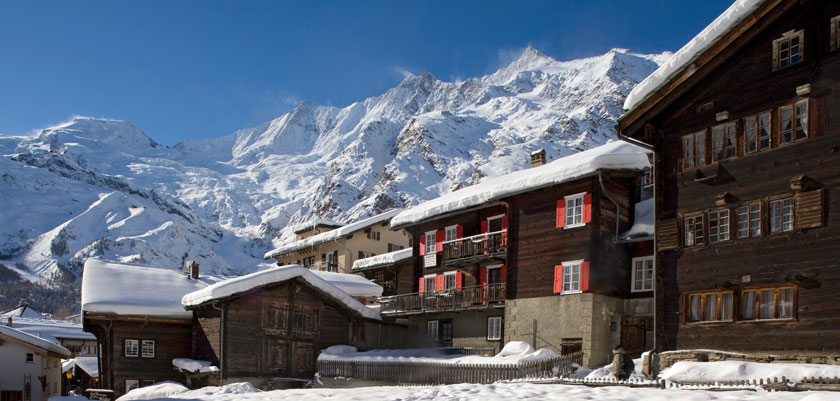 witzerland_Saas-Fee_Town-view.jpg